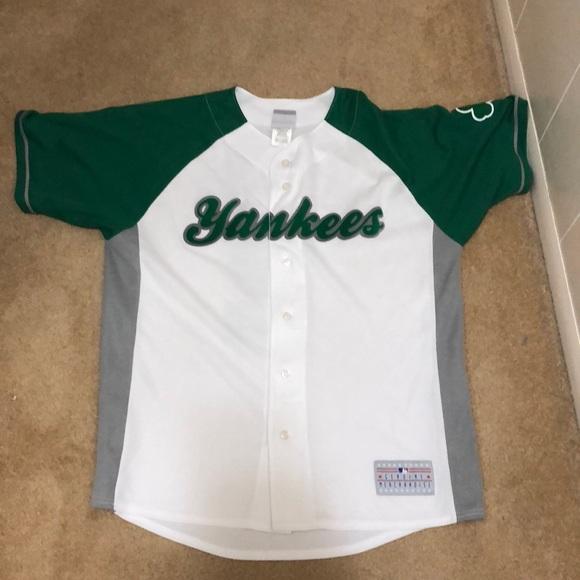 598f7cdee Genuine Merchandise Other - NY YANKEES Derek Jeter jersey green/white
